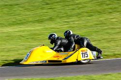 Stuart Mellor & Mick Fairhurst, FSRA F350/Post Classic, NG, Cadwell Park 2011