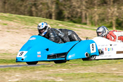 Christopher Fairhurst and Gary Fairhurst, FSRA F350/Post Classic, NG, Cadwell Park 2011