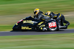 Mark Saunders & Steve Gaunt, F2 Sidecars, Derby Phoenix, Cadwell Park, September 2011