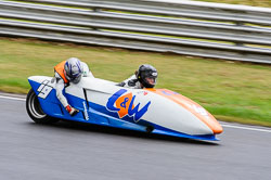 Carol McBride & Anthony Brown, MRO, 2013-06, Snetterton