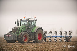 Fendt 870 Vario at Collingham Ploughing Match, South Scarle, Lincolnshire, February 2019. Photo: Neil Houltby