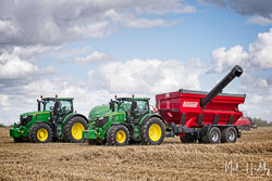 John Deere 6250R and Perard Interbenne 27 Chaser at Gathering the Harvest, East Bridgeford, Nottinghamshire, August 2019. Photo: Neil Houltby
