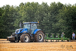 New Holland T7 at Flintham and District Ploughing Match, Scarrington, Nottinghamshire, September 2019. Photo: Neil Houltby