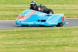 Rob Handcock & Basil Bevin, Sidecar, NG, Cadwell Park, 2011