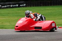 Jon Bicknell & Dominic Lewington, BMCRC, Cadwell Park, 2013-09